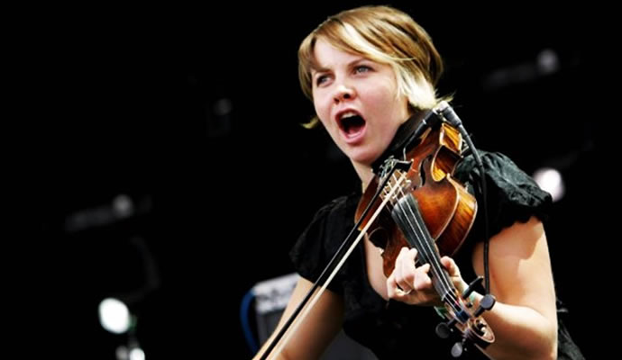 (27/08/1979) Nació Sarah Neufeld de Arcade Fire.