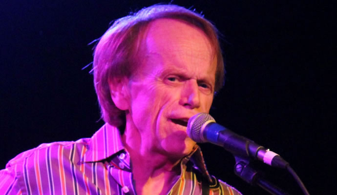 (03/09/1942) Nació Al Jardine de The Beach Boys.