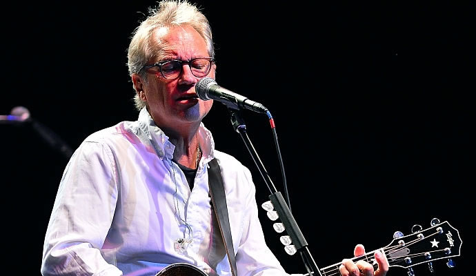 (12/09/1952) Nació Gerry Beckley de America.