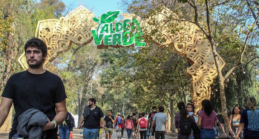Entrada a la Aldea Verde en Lollapalooza Chile 2019