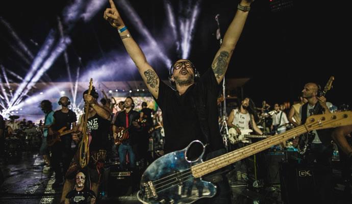 1200 músicos se reunieron para dar un concierto en Cesena Italia