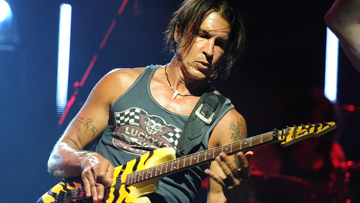 George Lynch guitarrista de Dokken