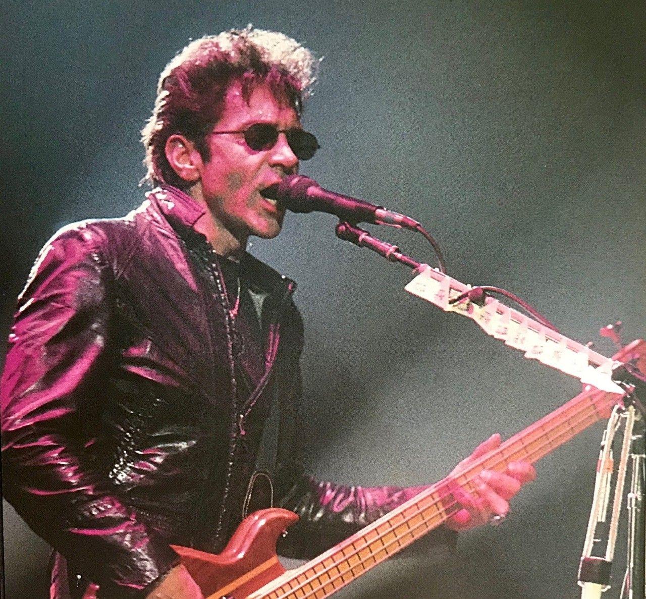 En 1951 nació Alec Jhon Such, bajista de Bon Jovi hasta 1994