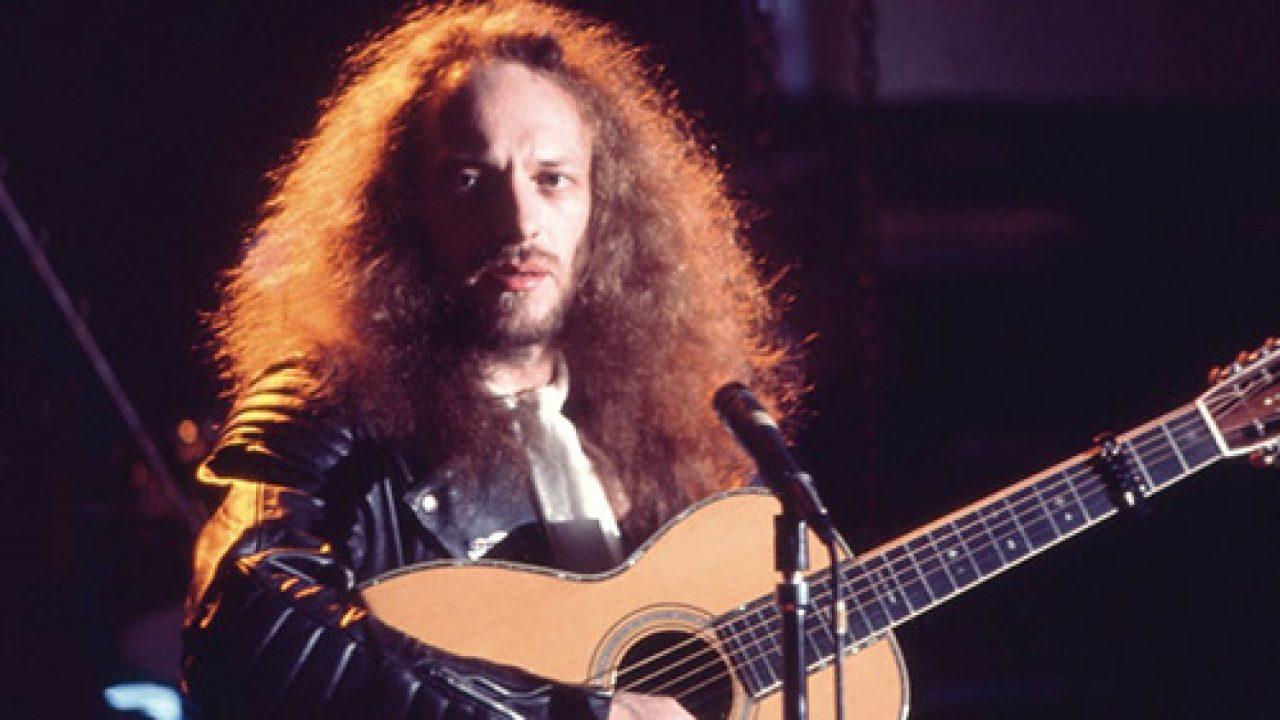 En 1979 murió a los 28 años John Glascock de Jethro Tull