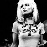 El 1 de julio de 1945 nació Debbie Harry de Blondie