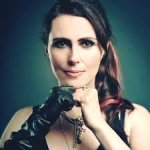 El 12 de julio de 1974 nació Sharon Den Adel de Within Temptation