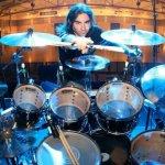 El 17 de julio de 1972 nació Jason Rullo de Symphony X.