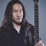Herman Li miembro de Dragonforce.