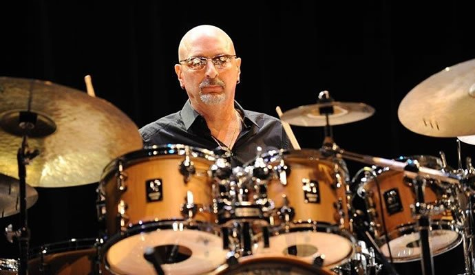 Steve Smith ex baterista de journey estará en Colombia