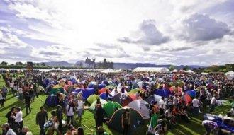 El público disfrutó del excelente clima en el Jamming Festival 2013