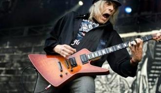 Michael Burston, ex guitarrista de Motorhead