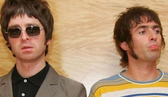 Liam y Noel Gallagher, líderes de Oasis
