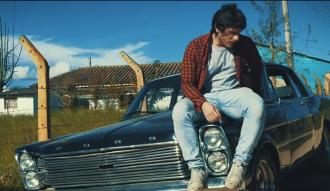 """Martino Park presenta su nuevo videoclip """"Antígona"""""""