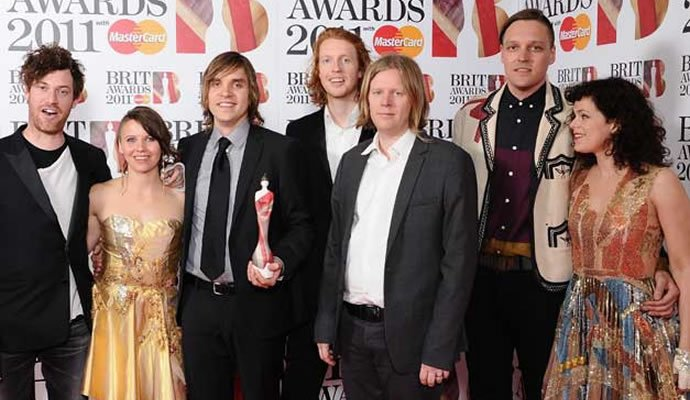 Arcade Fire en los Brit Awards 2011