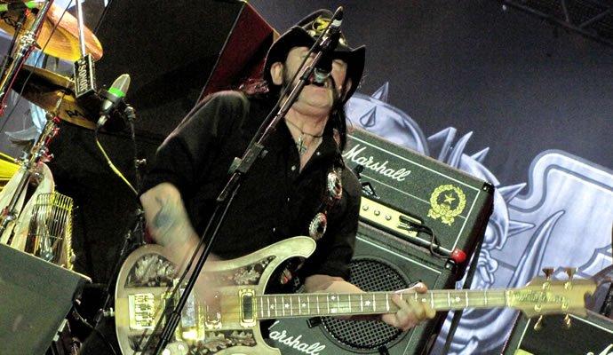 Lemmy Kilmister durante la presentación en Rock In Rio 2011 (Por Felipe Rocha)