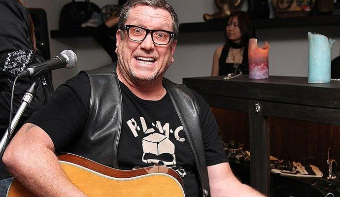Steve Jones de Sex Pistols nació el 3 de septiembre de 1955
