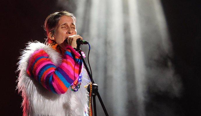Andrea Echeverry de Aterciopelados en su show en el Cosquín Rock Colombia. Foto: David Martin @orbitarock