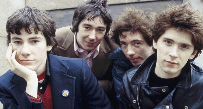 La banda de punk británica Buzzcocks regresa con dos nuevos discos