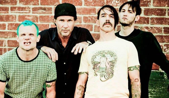 """Red Hot Chili Peppers presenta su nueva canción """"The Dark Necessities"""""""