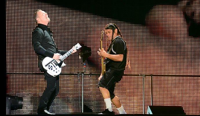 James Hetfield y Robert Trujillo en Bogotá